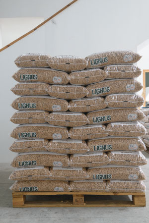 Suministro de pellets ensacados